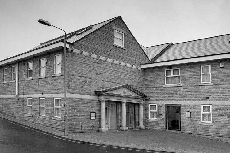 Facesthetics Horbury Dental Care Queen Street Horbury Wakefield Black and White