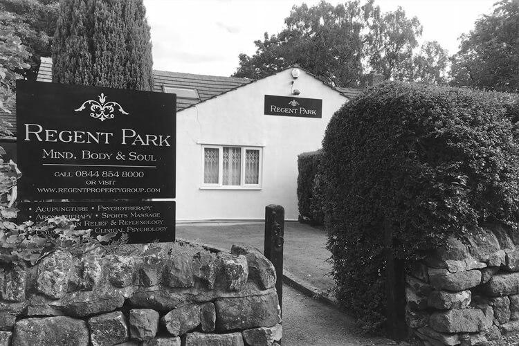 Facesthetics Leeds Regent Park 150 Nursery Lane Leeds Black and White